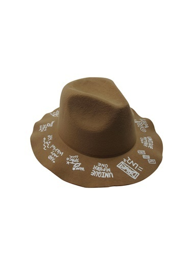 Laslusa İçten Ayarlanabilir Üstü Yazılı Keçe Fötr Şapka Camel